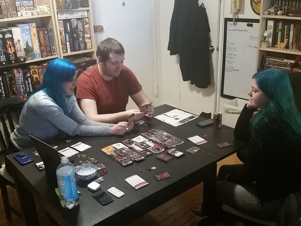 D'awww, gamer family. Notice the common hair color.