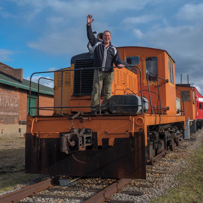 train Alan Moon